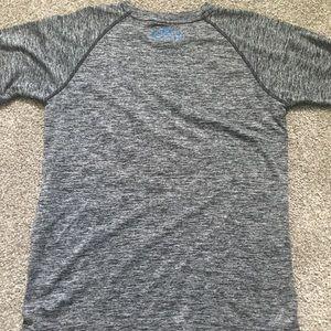 Under Armour Shirts & Tops - Boys Under Armour shirt